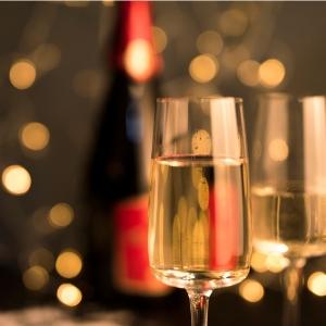Flûtes et coupes à champagne